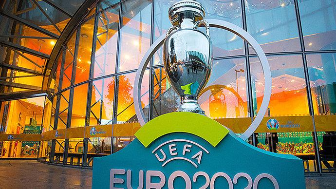 Чемпионат Европы по футболу ЕВРО 2020 могут перенести на следующий год